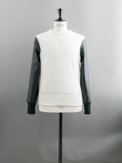 その他のBRAND | TODD SNYDER / THE VARSITY SWEATSHIRT White 袖レザー切替スウェットシャツの商品画像