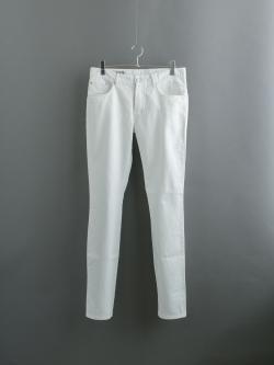 MAISON KITSUNE | OVERDYED SLIM CUT PANT White 後染めコットンツイルパンツの商品画像