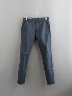 MAISON KITSUNE | CANVAS JAY CHINO PANT Dark Navy コットンテーパードチノパンツ