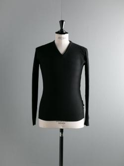 3.SINGULAR Black