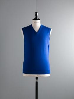 JOHN SMEDLEY | TURNER Coniston Blue ウール24ゲージVネックベストの商品画像