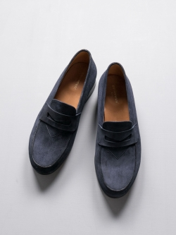 MAISON KITSUNE | PENNY LOAFER SUEDE Dark Navy スウェードローファーの商品画像