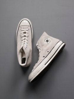 CHUCK TAYLOR ALL STAR '70 SUEDE HIGH TOP Parchment