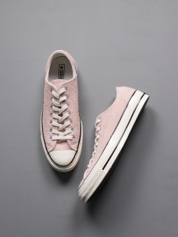 CHUCK TAYLOR ALL STAR '70 SUEDE LOW TOP Dusk Pink
