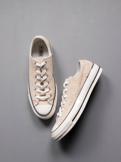 CHUCK TAYLOR ALL STAR '70 SUEDE LOW TOP Light Twine