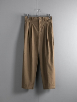 FRANK LEDER | BRUSHED COTTON TROUSER WITH SIDE CLOSURES Khaki サイドアジャスターパンツの商品画像