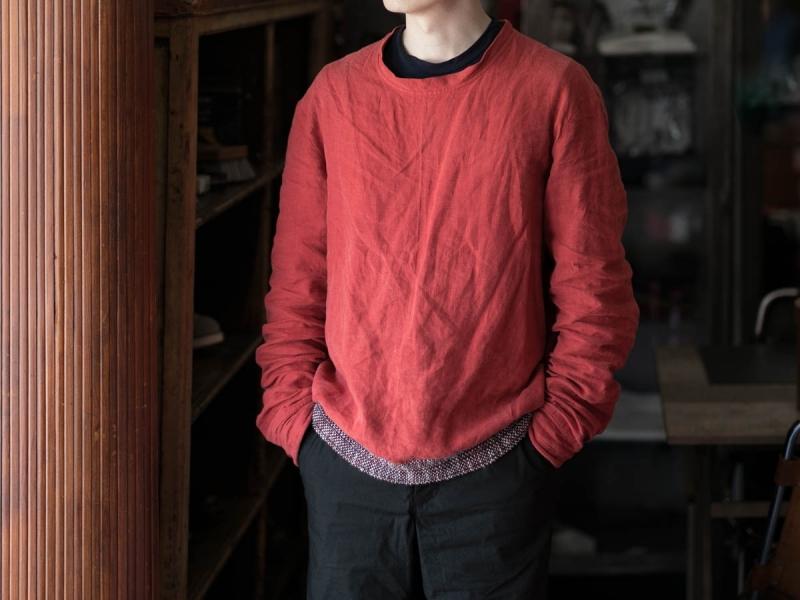 フランクリーダー2018ssのベルギーリネンプルオーバーシャツの着用写真の正面
