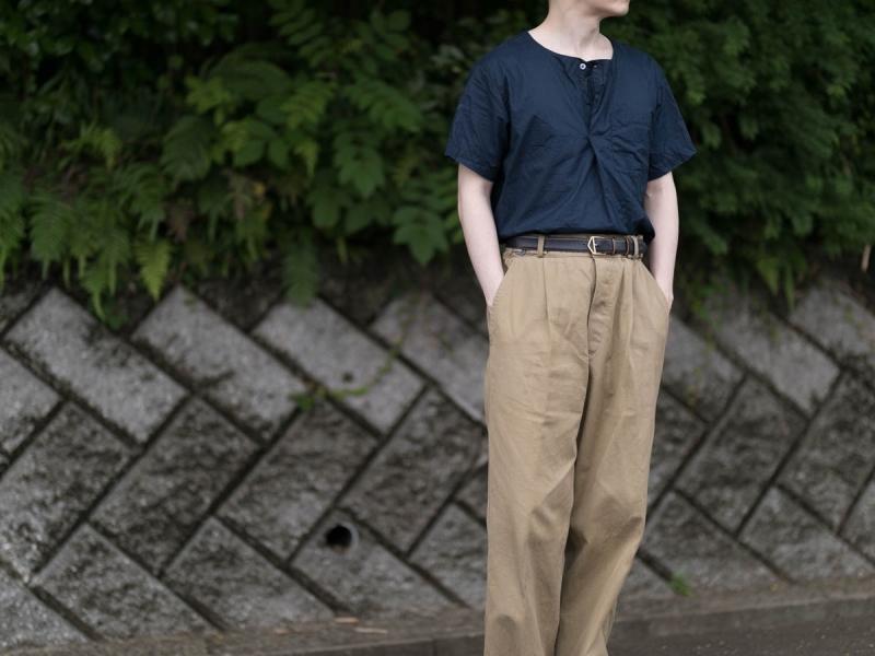 エンジニアードガーメンツのMed Shirtの全体画像