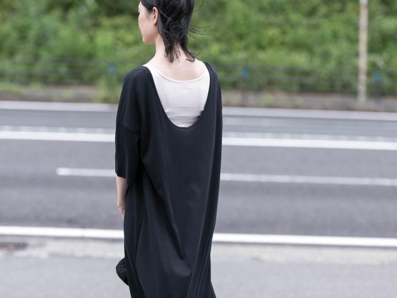 アバウト ザ・センソロジーウェアのコンフォート7ドレスのブラック