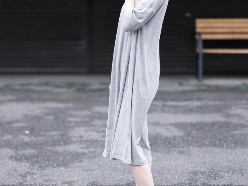 アバウト ザ・センソロジーウェアのCOMFORT7 Dressのグレー