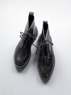 MACKINTOSH × Tricker's | BOX CALF BROGUE BOOTS Black MACKINTOSH別注ブローグブーツの商品画像