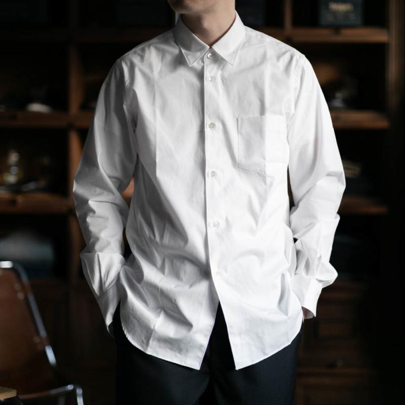 sans limiteの定番レギュラーカラーshirtのwhiteの取り扱い