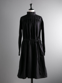 YARMO | BACK OPEN SMOCK DRESS COTTON CAMBRIC Black バックオープンスモックワンピース