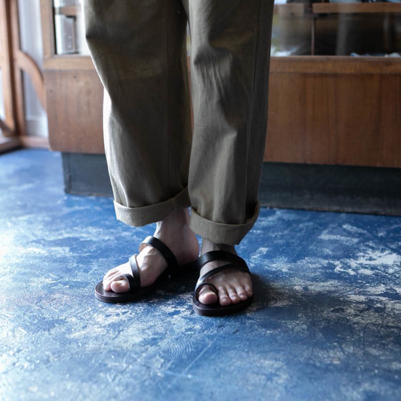 PEZZETTINO ビスポーク靴職人が手掛けるレザーサンダル