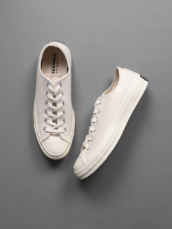 CHUCK TAYLOR ALL STAR '70 LOW TOP Natural