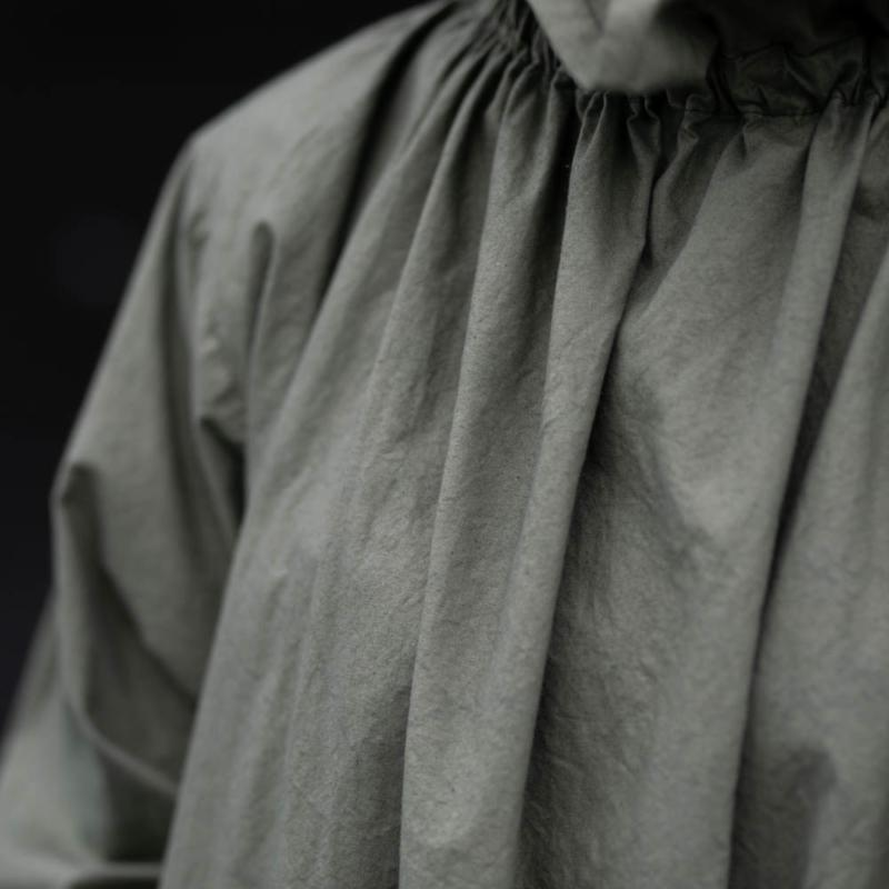 ヤーモ OVER SMOCK DRESS COTTON CAMBRIC カーキの通販取扱い