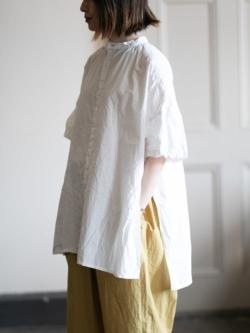YARMO | SIDE OPEN S/SLV SHIRTS COTTON CAMBRIC White サイドオープンショートスリーブシャツの商品画像