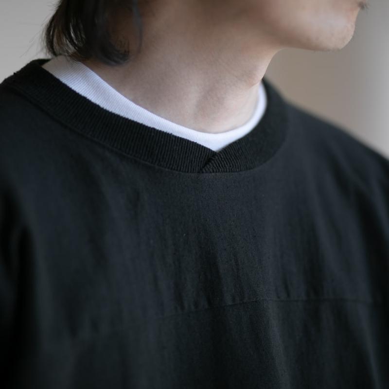 FilMelange(フィルメランジェ) クロスオーバーネックTシャツ