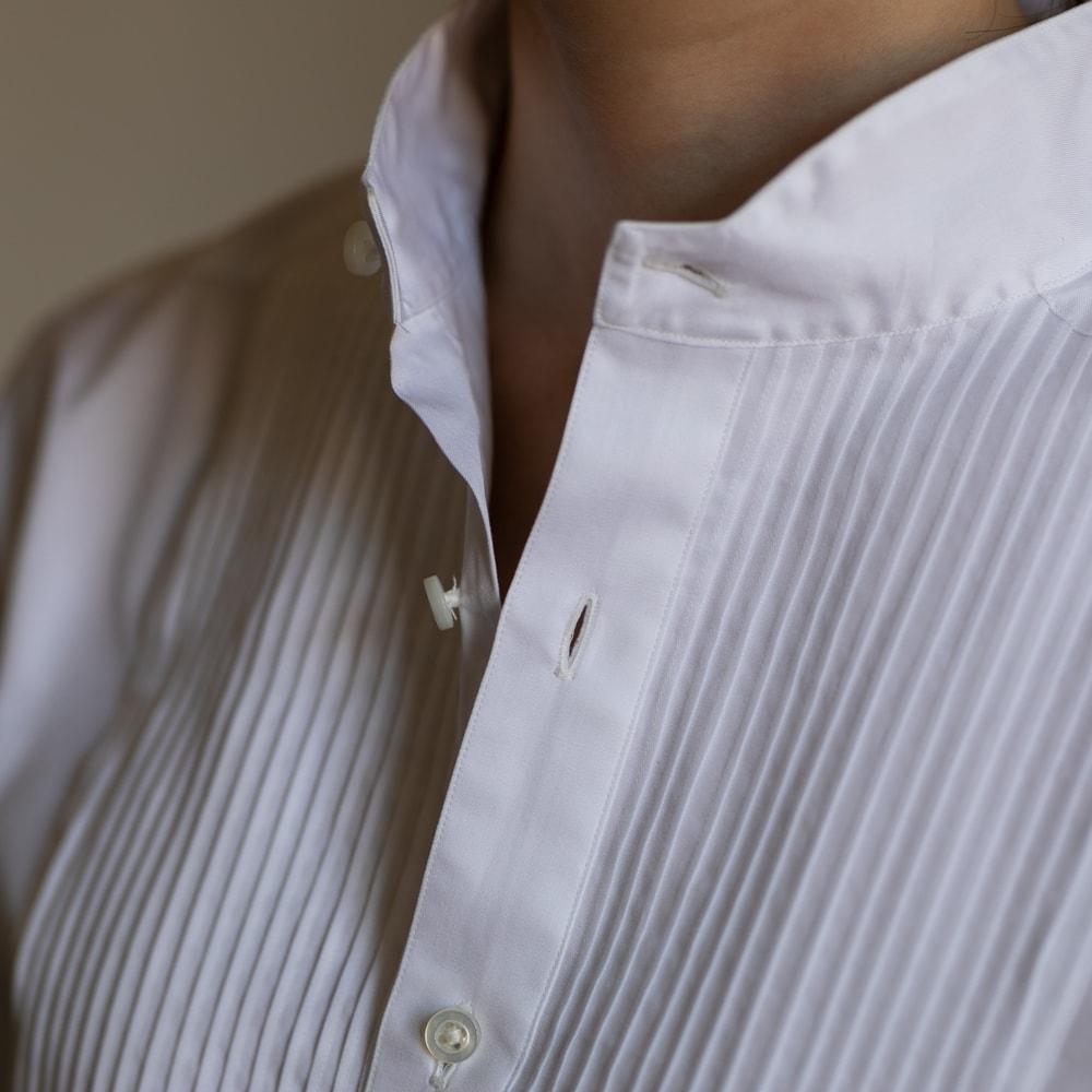 インディゴAM イカ胸ピンタックアーカイブシャツの通販取扱店