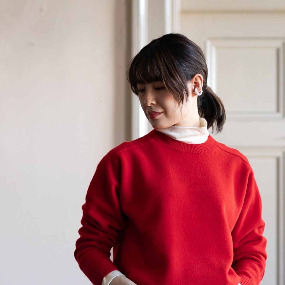 バトナー カシミアタッチフリースウール丸首ニット 赤色の福岡通販取扱店