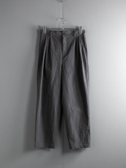 FRANK LEDER | COTTON / LINEN 3TUCK TROUSERS WITH SEED 95:Grey シードケース付きタックパンツの商品画像
